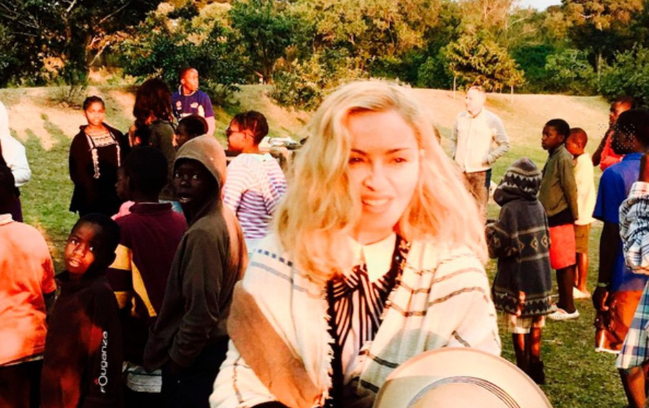 Madonna zanikala, da bi si želela posvojiti še dva otroka iz Malavija (foto: profimedia)