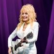 Dolly Parton si prizadeva, da bi številne skrivnosti njene družine ostale skrite