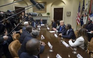 Reutersovi novinarji bodo Trumpovo administracijo pokrivali kot avtoritarni režim!
