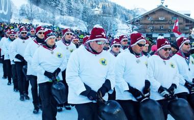 Kitzbühel je kraj, kjer se združijo znana imena, hitrost ter nora zabava