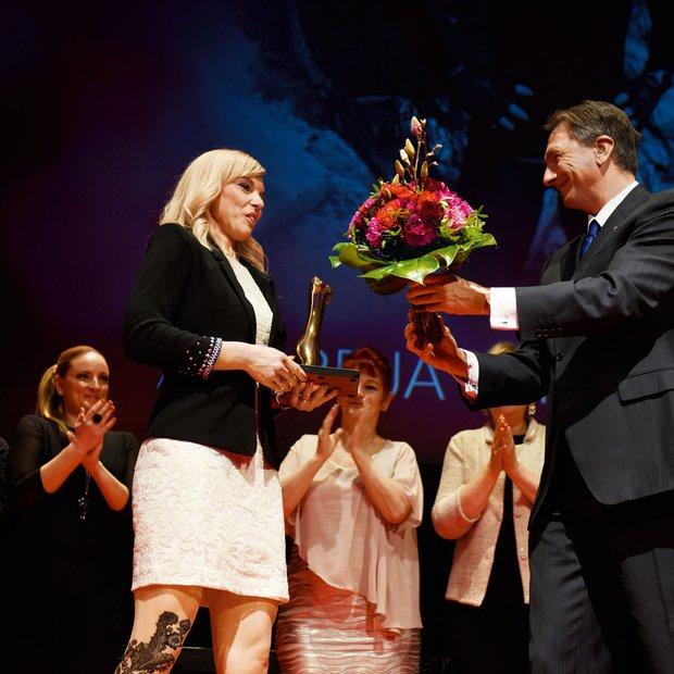 Podelitev Slovenka leta 2016 je bil letos pravzaprav ženski večer s sporočilom