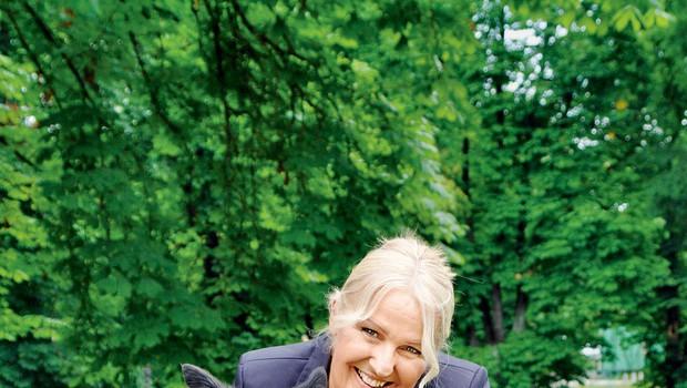 Alenka Godec je v skrbeh zaradi psičke (foto: Helena Kermelj, Story press)
