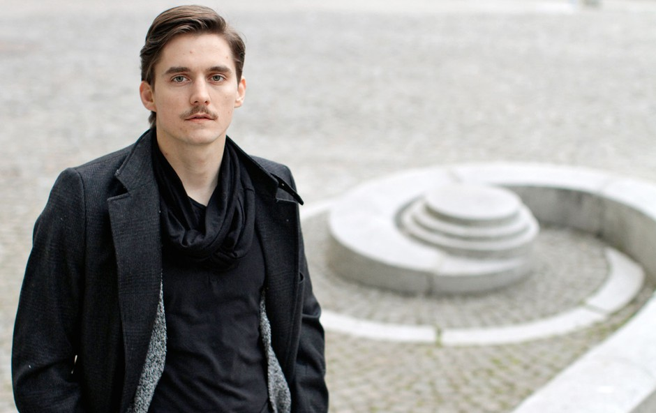 Igralec Klemen Janežič: Živim gledališče s polnimi pljuči (foto: Goran Antley)