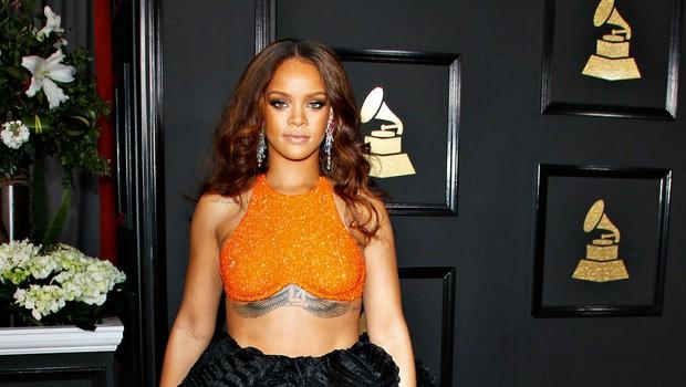 Rihanna je zamudila na podelitev grammyjev (foto: Profimedia)