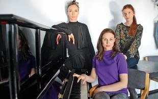 Mojca Funkl, Iva Krajnc in Tina Potočnik sestavljajo trio, ki maha tračem adijo
