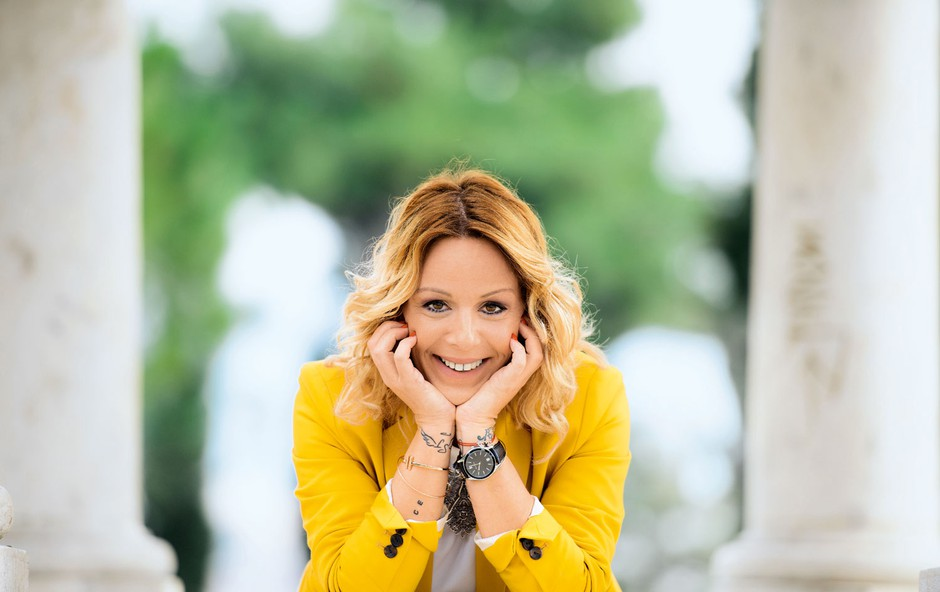 "Motivacijska govornica Ana Bučević: ""Ko boste nehali biti negativni, bo negativnost odšla iz vaše realnosti."" (foto: osebni arhiv)"