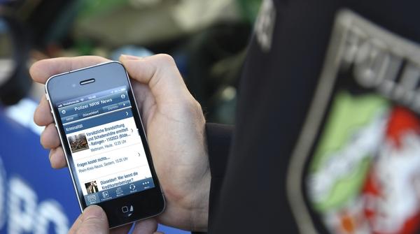 Nemška policija s sočnim jezikom proti lažem na Twitterju