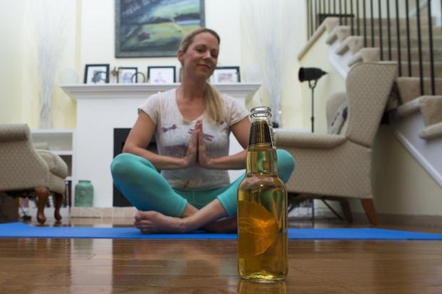 Beer yoga v mariborskem Beerlabu, na cesti pa kmalu še #BeerBulli! (foto: profimedia)