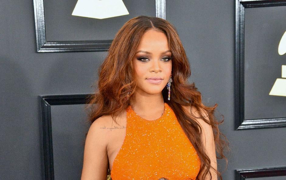 Rihanna po izboru Harvarda humanitarka leta (foto: p)