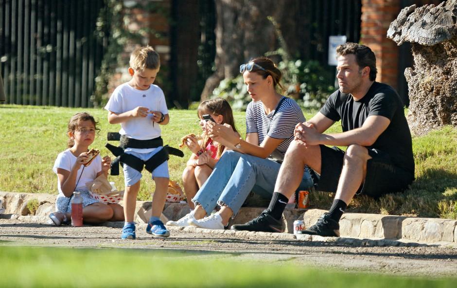 Jennifer Garner in Ben Affleck: Vložila bo prošnjo za razvezo (foto: Profimedia)