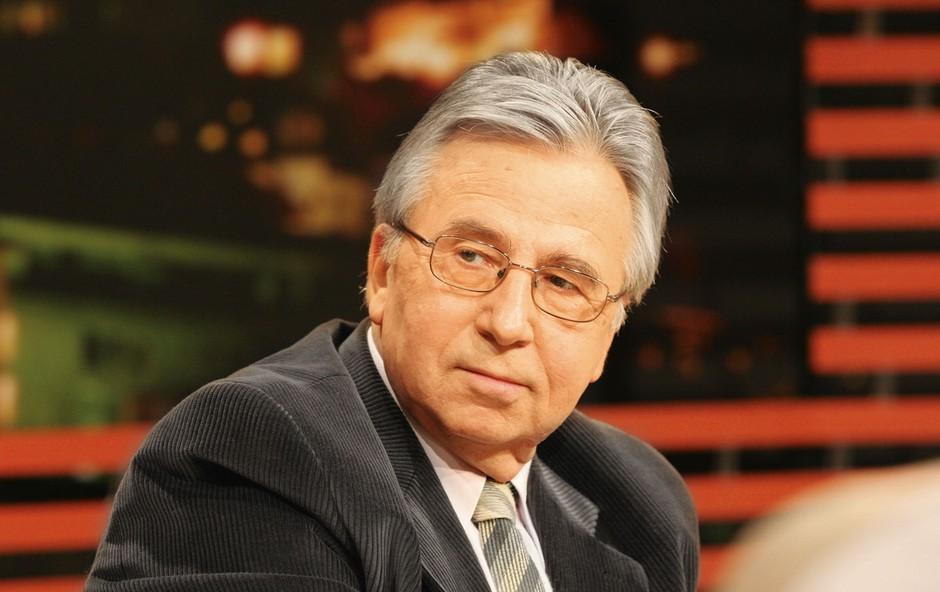 Sandiju Čolniku v slovo: Odšel je 'gospod novinar' (foto: Stane Sršen)