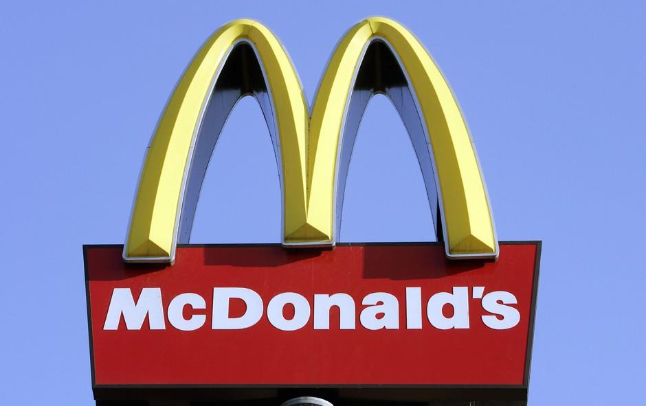 Twitter profil McDonald's restavracije s tvitom užalil Trumpa! (foto: profimedia)