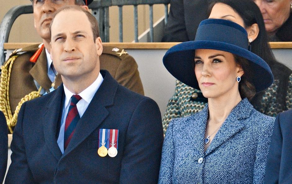 Princ William se je zabaval v družbi druge (foto: Profimedia)