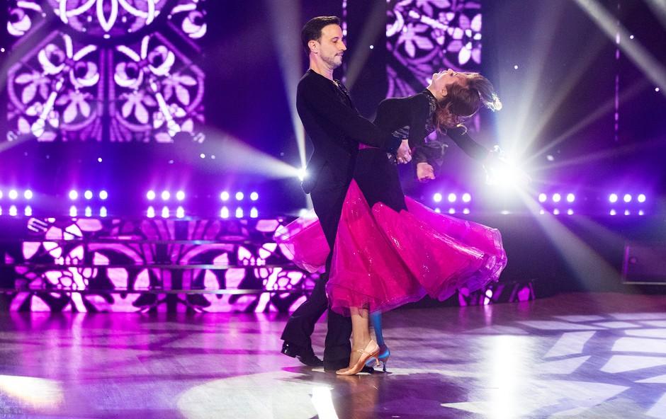 Miha Dragoš in Valeriya Musina izpadla iz šova Zvezde plešejo (foto: Pop Tv)