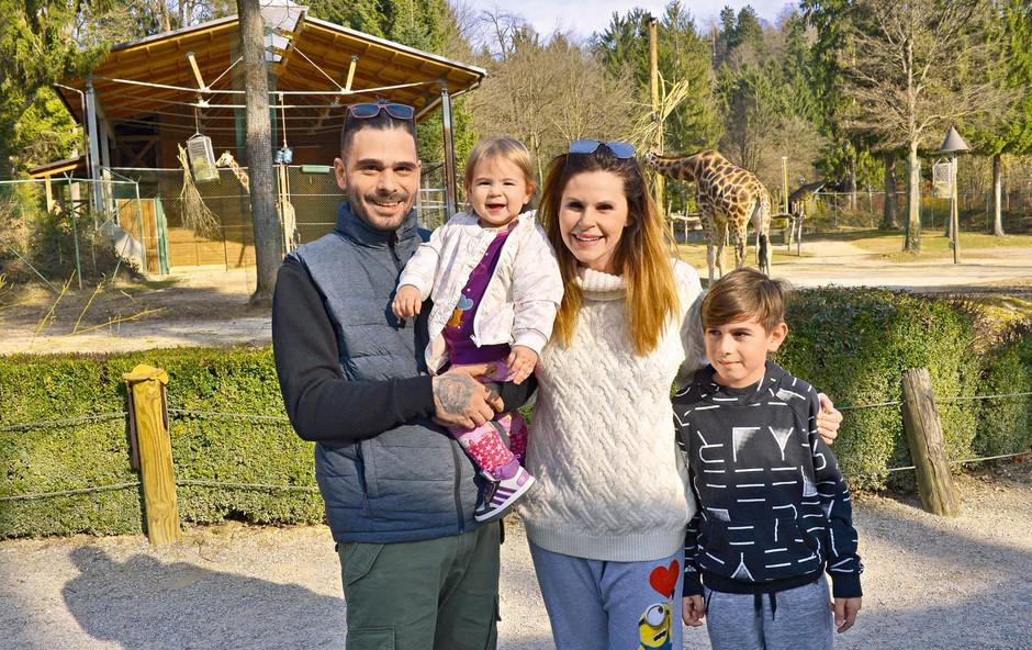 Teja Perjet in Jani Jugovic: Lahko bi bila celo dvojčka! (foto: Primož Predalič)