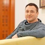 """Pisatelj Bruno Šimleša: """"Prva leta najinega zakona so bila pravi izziv"""" (foto: Aleksandra Saša Prelesnik)"""