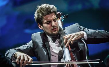 Dobrodelna 2Cellos projektu Botrstvo podarjata lok za violončelo!