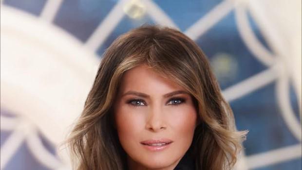 Uradni portret prve dame Melanie Trump že buri duhove! (foto: profimedia)