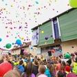 Več kot tisoč balonov preplavilo trebanjsko nebo