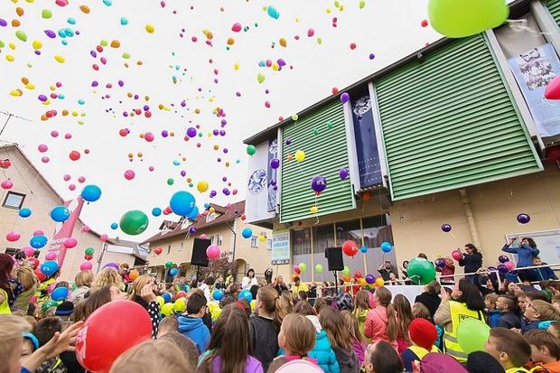 Trebanjsko nebo so preplavili pisani baloni. (foto: Barbara Reya, Alenka S. Lamovšek)