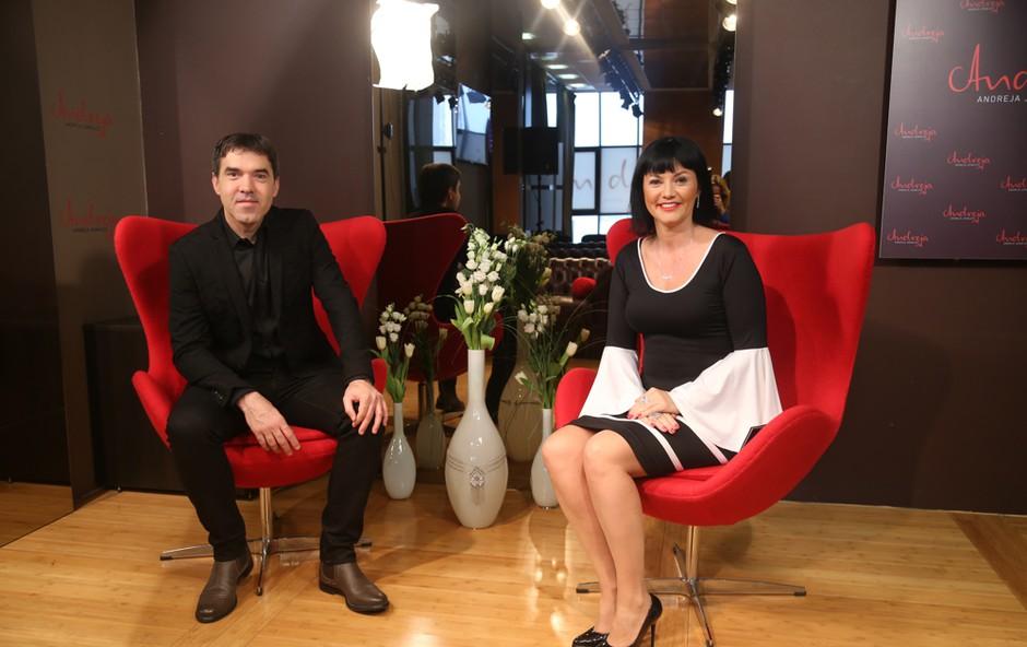Mario Galunič tudi v vlogi gosti v oddaji Zajtrk PR'Andreji ni mogel iz svoje kože. (foto: Barbara Reya)