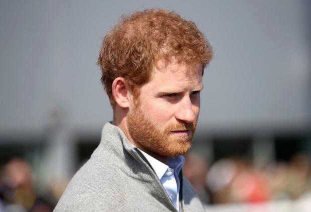 Princ Harry se skoraj 20 let ni mogel soočiti z materino smrtjo (foto: profimedia)