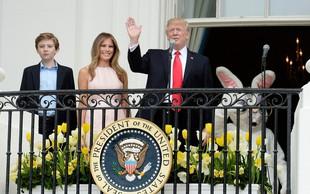 Melania spomnila Trumpa na držo ob himni