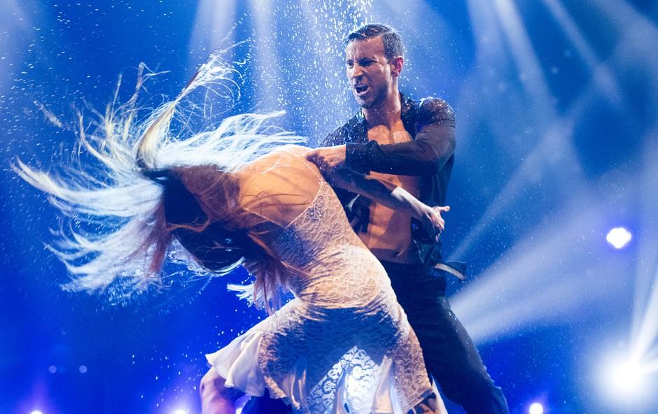 Sedmo oddajo Zvezde plešejo je zaznamovala ljubezenska tematika (foto: Pop Tv)