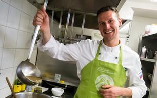 Lojze Čop kuhal in stregel v ljudski kuhinji Pod strehco!
