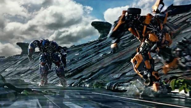 Na filmska platna prihaja film Transformerji: Zadnji vitezi (foto: Profimedia)