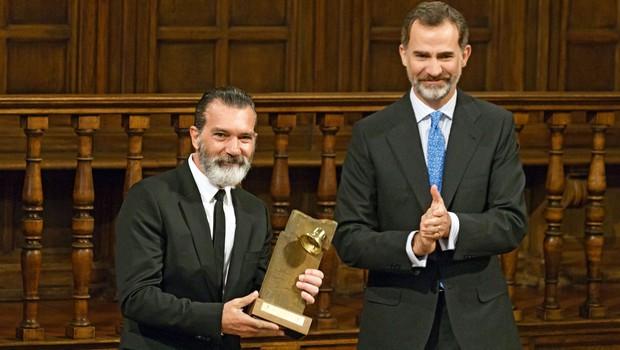 Kralj Felipe podelil nagrado Antoniu Banderasu (foto: profimedia)