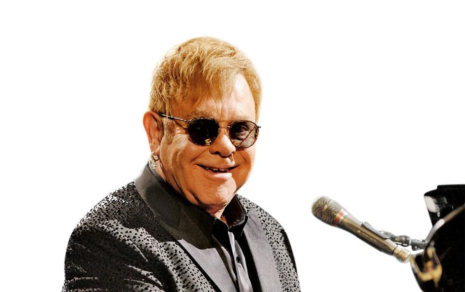 Elton John zaradi hude infekcije končal v bolnišnici (foto: profimedia)