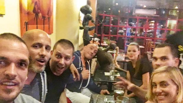 Denis Porčič Chorchyp nazdravljal s prijatelji: Odplesal v 38. leto (foto: facebook)