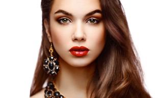 Šminka - ustnice v vseh barvnih odtenkih