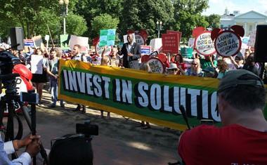 ZDA: 1200 politikov, poslovnežev in akademikov v podporo podnebnemu sporazumu!