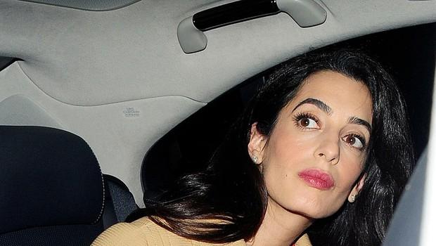 George in Amal Clooney postala starša dvojčkov (foto: profimedia)