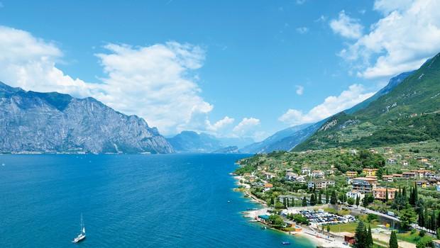 Gardsko jezero: Poleg Gardalanda ponuja še številne znamenitosti (foto: Shutterstock)