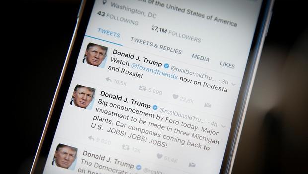 """Kongresnik predlagal zakon """"covfefe"""" za ohranitev predsednikovih tvitov (foto: profimedia)"""