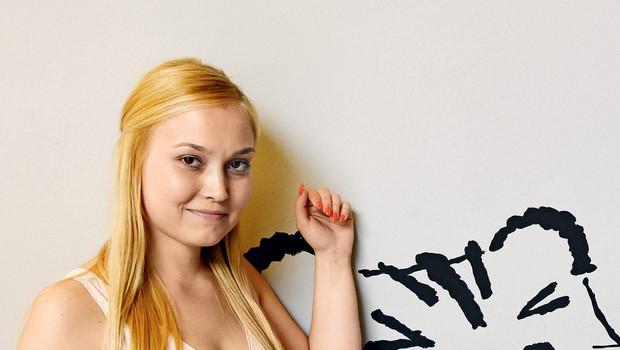Pevka Eva Černe zaključila magisterij (foto: revija Nova)
