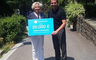 Za letovanje otrok na letovišču Debeli rtič donirali 20.000 evrov