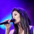 Mlada pevka Nina Donelli na dopustu začasno ostala brez prtljage