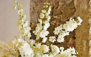 Poročni trendi narekujejo vse manj cvetov in vse več zelenja