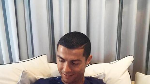 Cristiano Ronaldo se kot oče dobro znajde (foto: Profimedia)