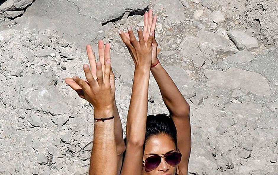 Nicole Scherzinger: Telovadila na plaži (foto: Profimedia)
