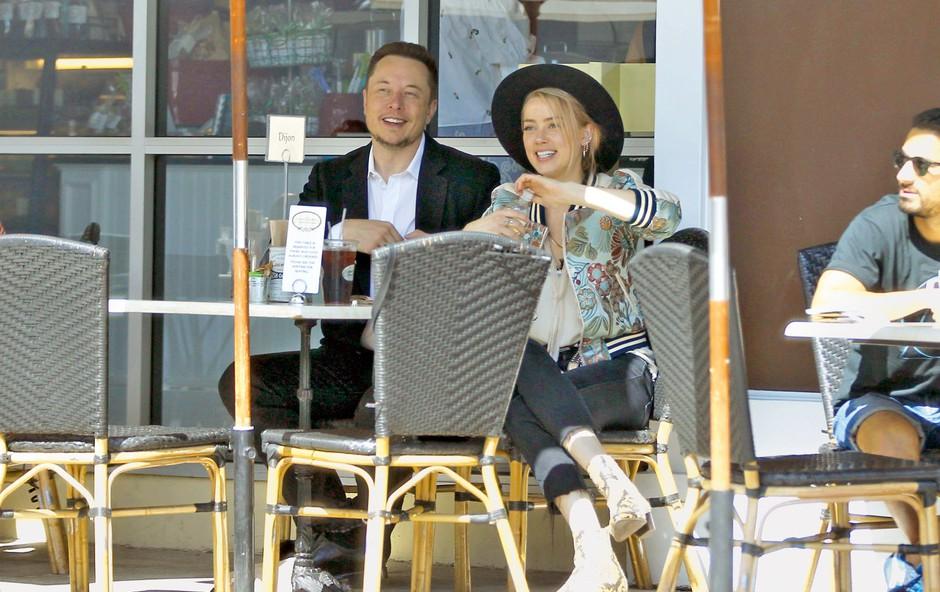 Amber Heard: Elon Musk jo je zapustil (foto: Profimedia)
