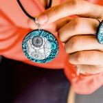 Jerneja Babič: Barvni nakit nosijo optimistične ženske (foto: Nives Brelih)