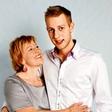 Sin Rosvite Pesek iskreno o tem, kako je bilo odraščati ob znani mami