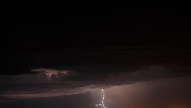 V Teksasu ob bližajočem se orkanu evakuirajo ljudi (foto: Profimedia)