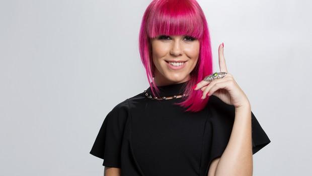 Vse frizure Nike Zorjan: Se še spomnite njenih dolgih črnih las? (foto: POP TV)