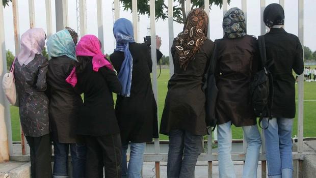 Iranke protestirale proti diskriminaciji na nogometni tekmi (foto: profimedia)